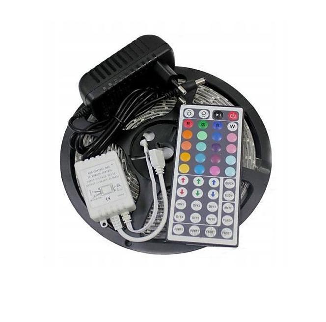 Pásek LED 5050 barvy + bila RGBW led 5m ovladac + zdroj
